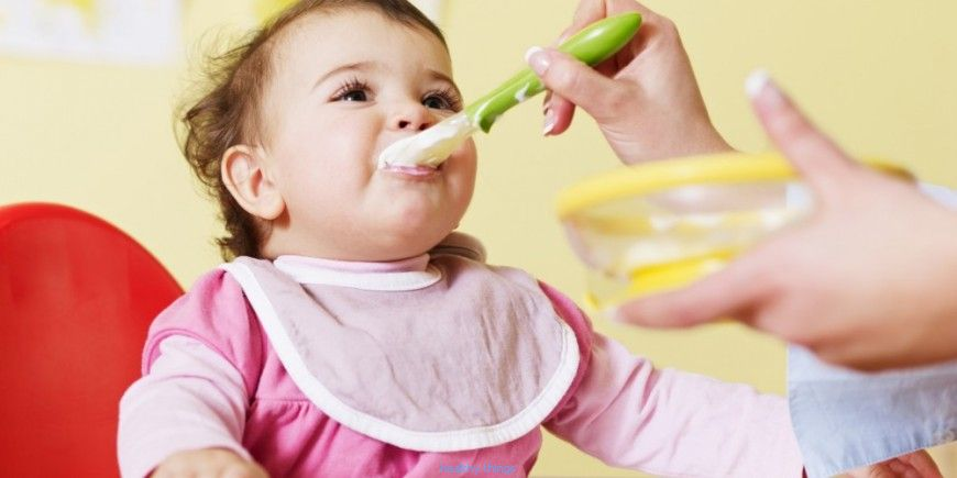 Feeding a baby 6 months: what does baby eat at 6 months?